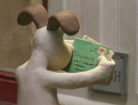Gromit Reads Mail